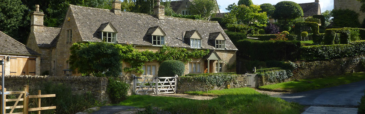 Northern Cotswold Tours the Slaughters