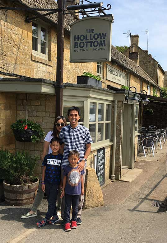 Atsushi, Denise and children at The Hollow Bottom pub in Guiting Power