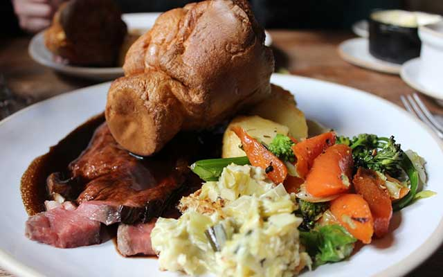 CJP Tours Recommended Accommodation - The Killingworth Castle roast dinner